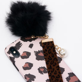 Imagine Husa Luxury Fashion cu Pom Pom iPhone 7/8 Nude