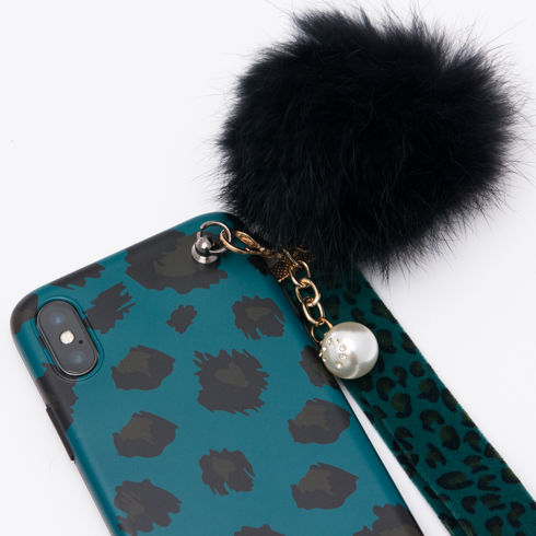 Imagine Husa Luxury Fashion cu Pom Pom iPhone X/XS Verde